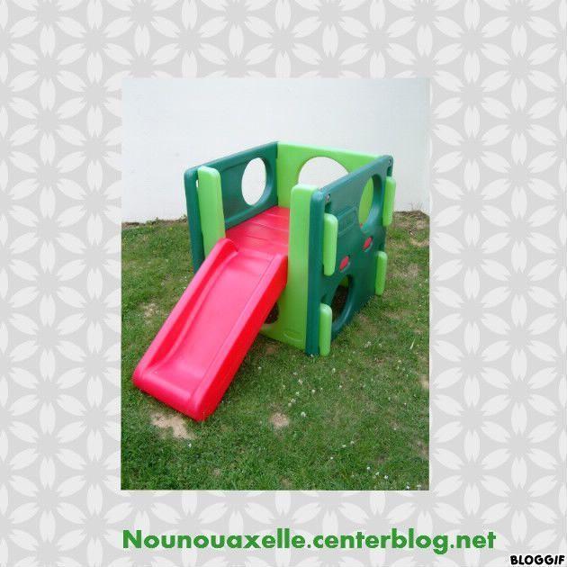 aire de jeux little tikes. Black Bedroom Furniture Sets. Home Design Ideas